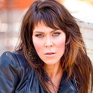 beth hart front and center
